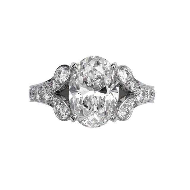 oval-engagement-rings-CARTIER