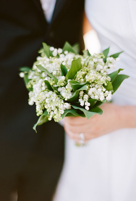 White-Bouquets-Elisa-Bricker-Photography