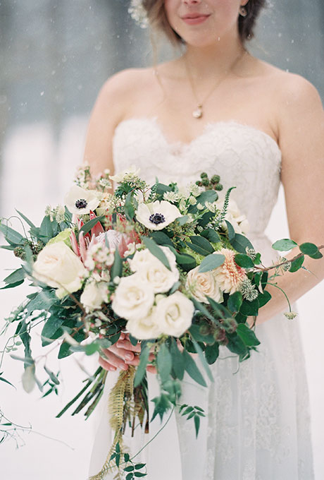 Winter-Wedding-Bouquet-Laura-Leslie-Photography